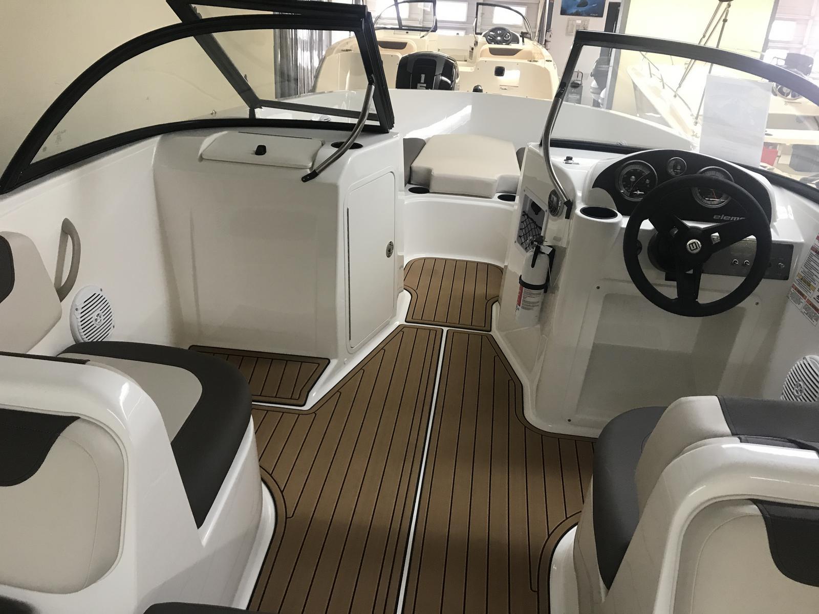 2019 Bayliner boat for sale, model of the boat is Element E21 & Image # 2 of 22