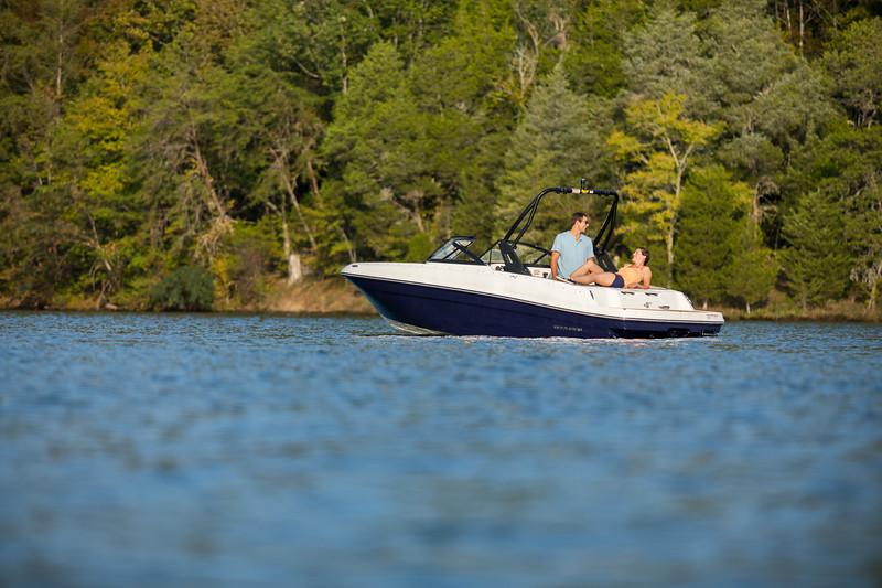 2021 Bayliner boat for sale, model of the boat is VR4 Bowrider & Image # 4 of 18