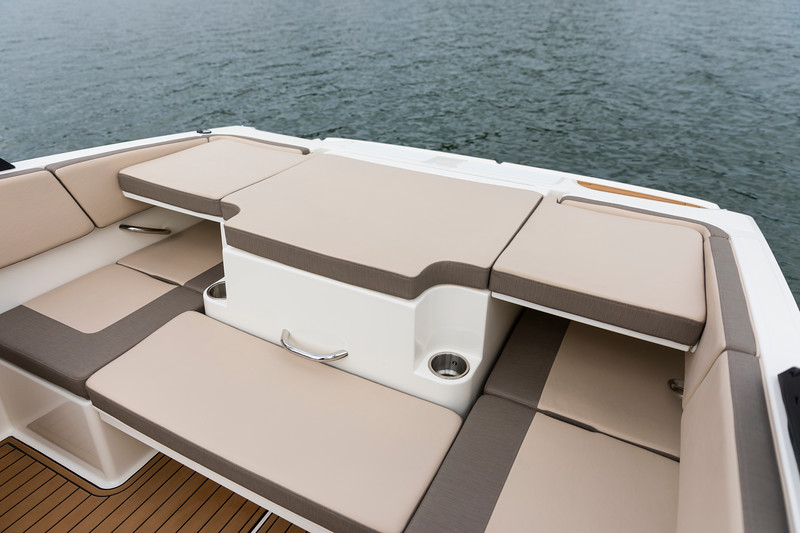 2021 Bayliner boat for sale, model of the boat is VR4 Bowrider & Image # 15 of 18