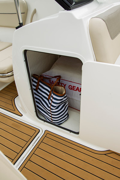 2021 Bayliner boat for sale, model of the boat is VR6 Bowrider & Image # 7 of 14