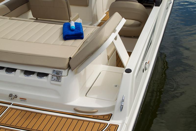 2021 Bayliner boat for sale, model of the boat is VR6 Bowrider & Image # 13 of 14