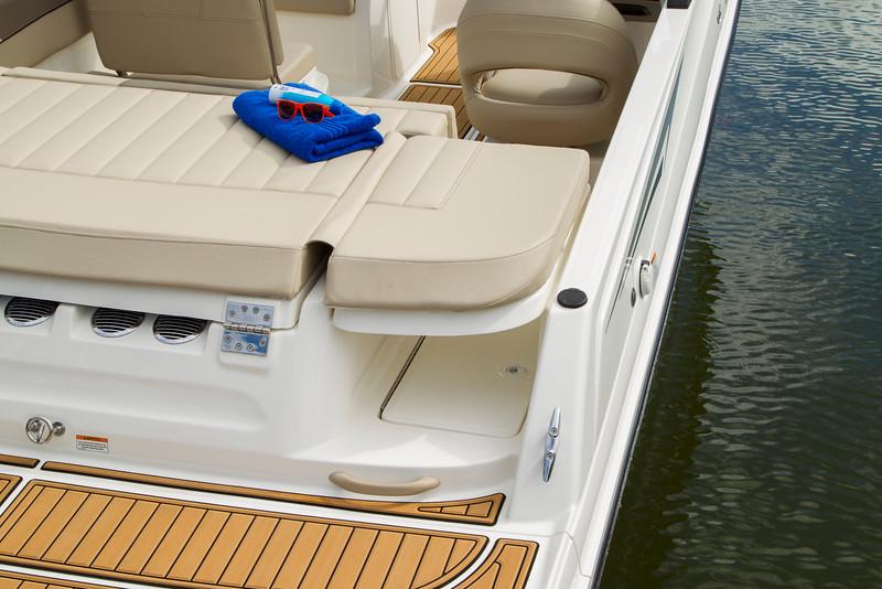 2021 Bayliner boat for sale, model of the boat is VR5 Bowrider & Image # 12 of 15