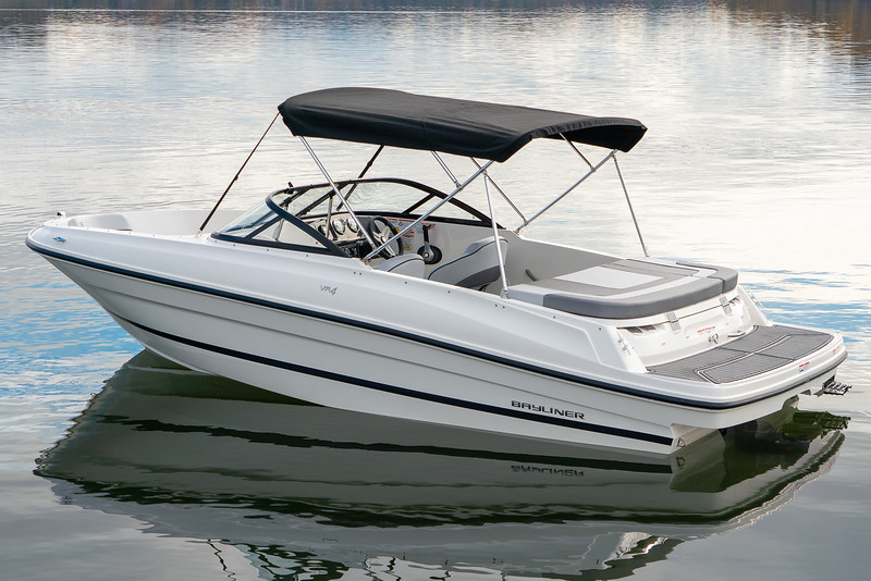 2021 Bayliner boat for sale, model of the boat is VR4 Bowrider & Image # 4 of 14