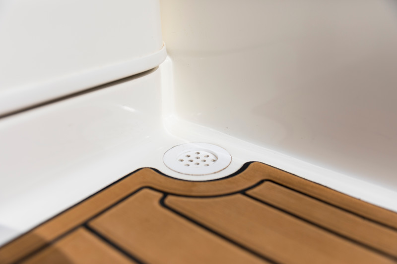 2021 Bayliner boat for sale, model of the boat is VR4 Bowrider - Outboard & Image # 17 of 18