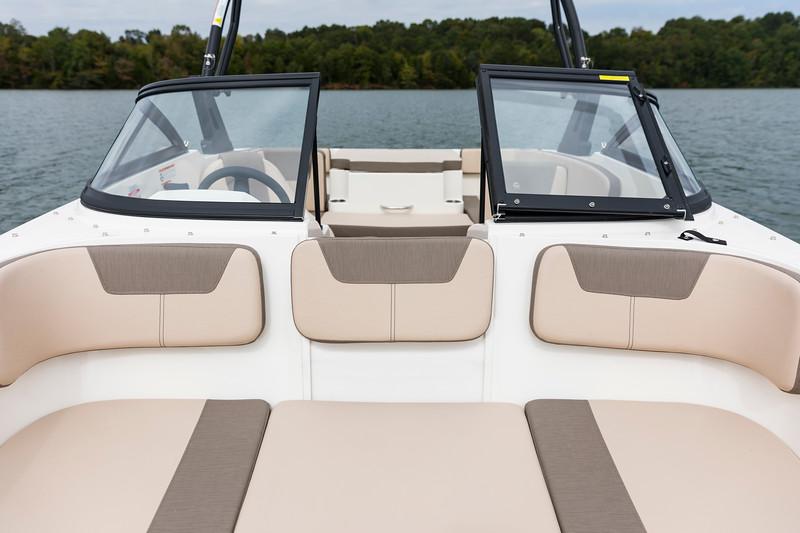 2021 Bayliner boat for sale, model of the boat is VR4 Bowrider - Outboard & Image # 18 of 18