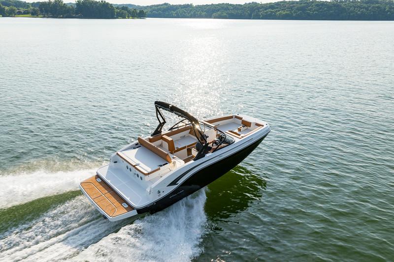 2021 Bayliner boat for sale, model of the boat is DX2050 & Image # 2 of 12