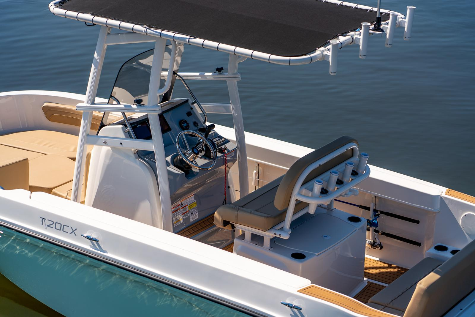 2021 Bayliner boat for sale, model of the boat is T20CC & Image # 3 of 7