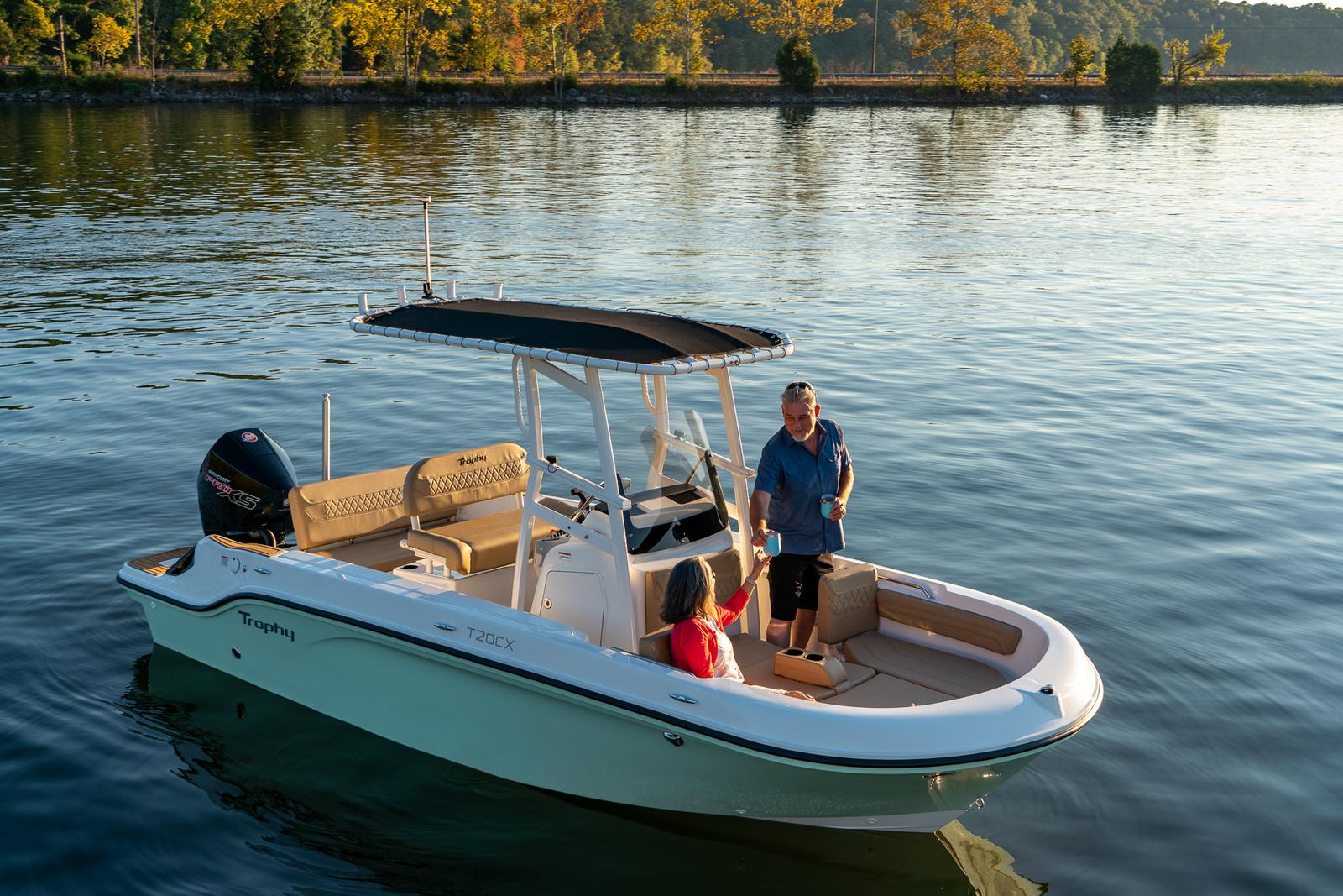2021 Bayliner boat for sale, model of the boat is T20CC & Image # 2 of 7