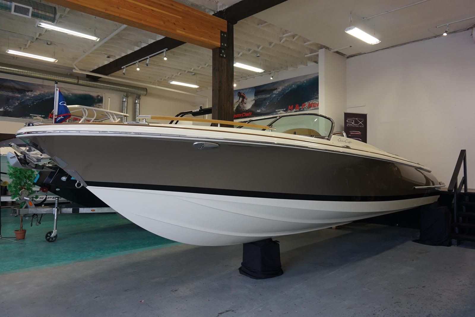 2018 Chris Craft boat for sale, model of the boat is Corsair 27 & Image # 2 of 11