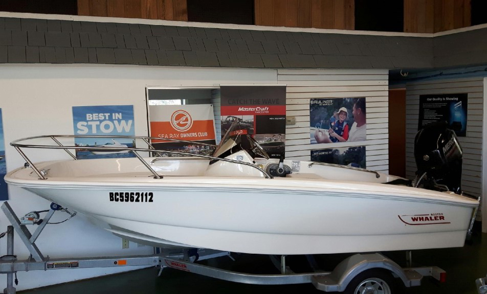 2018 Boston Whaler boat for sale, model of the boat is 130 Super Sport & Image # 1 of 4
