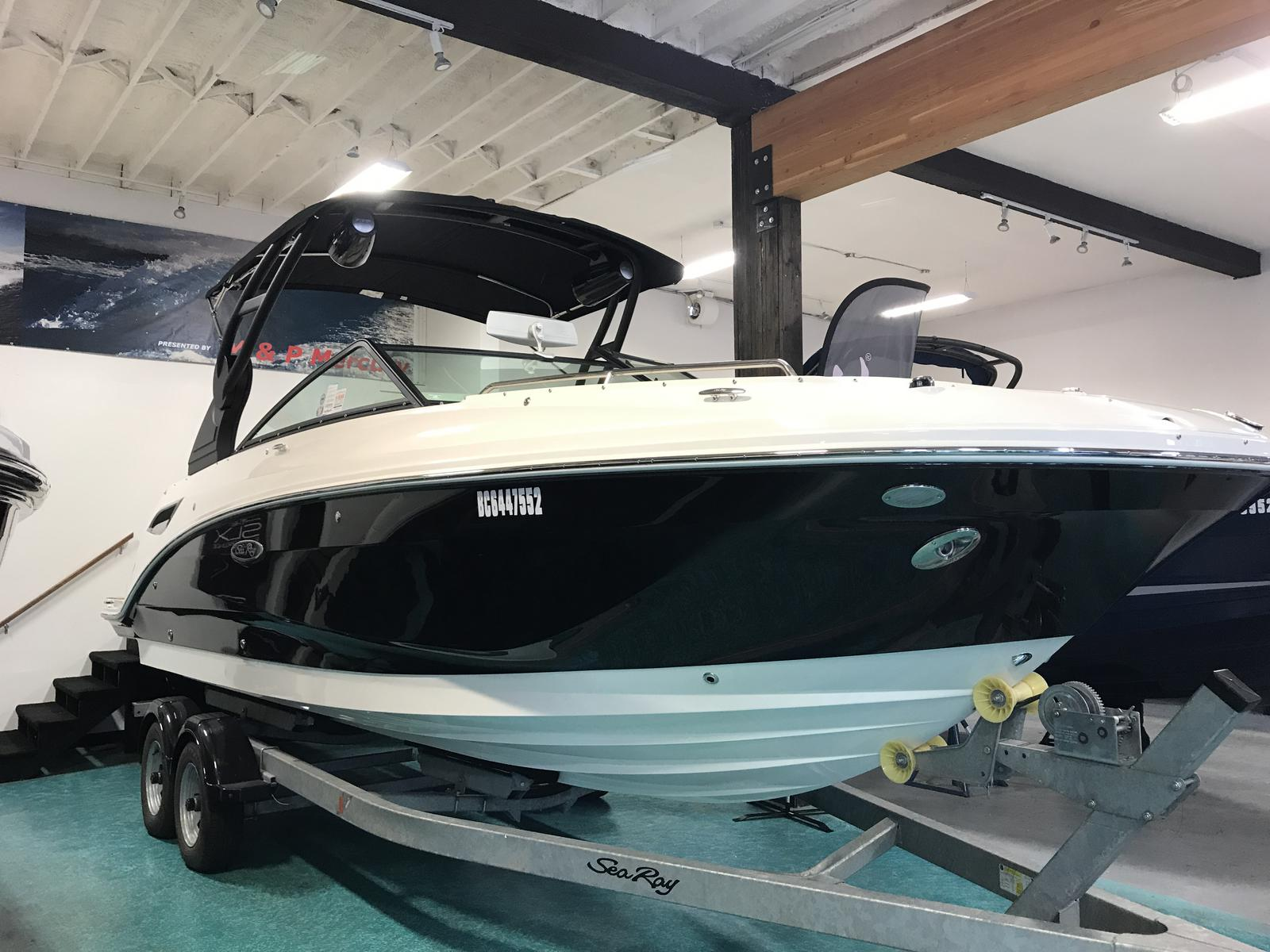 2019 Sea Ray boat for sale, model of the boat is SDX 250 & Image # 1 of 5