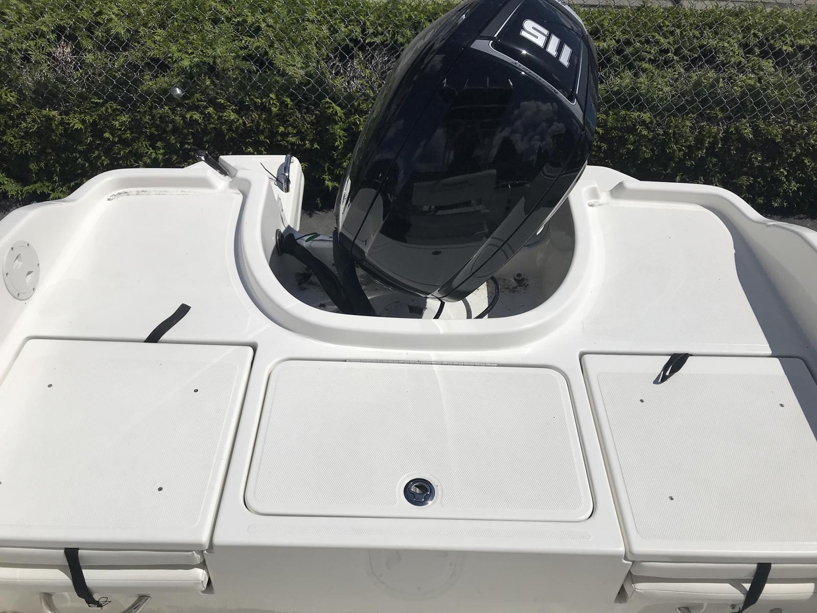 2018 Bayliner boat for sale, model of the boat is Element F18 & Image # 6 of 6