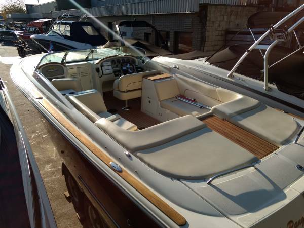 2010 Chris Craft boat for sale, model of the boat is Corsair 28 & Image # 3 of 8
