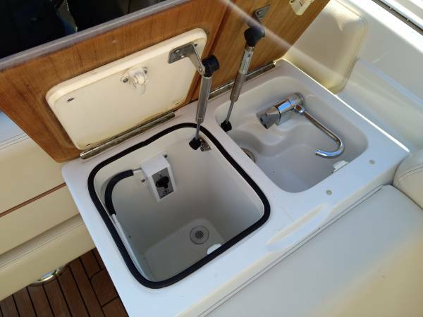 2010 Chris Craft boat for sale, model of the boat is Corsair 28 & Image # 6 of 8