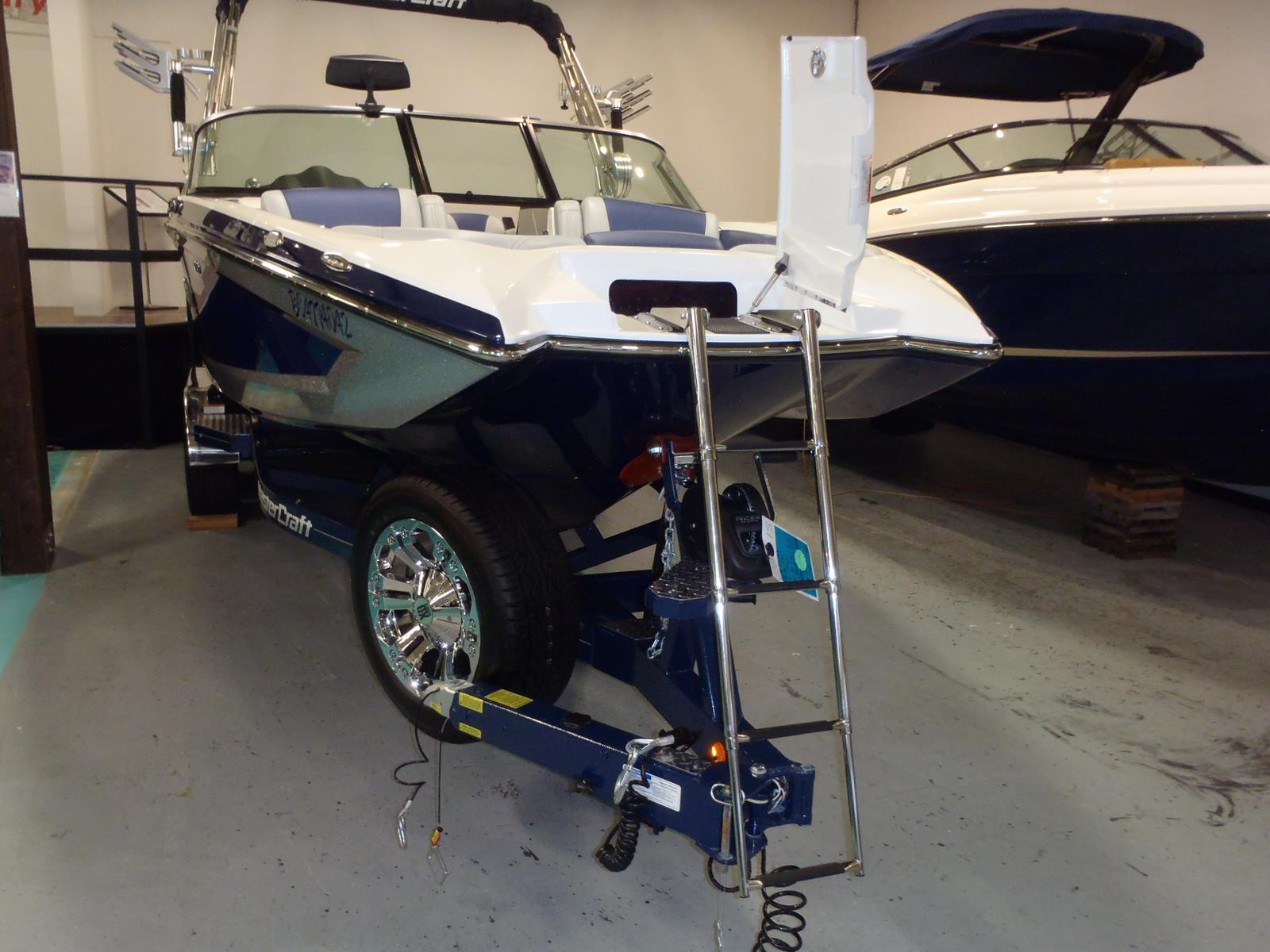 2015 Mastercraft boat for sale, model of the boat is X46 & Image # 2 of 7