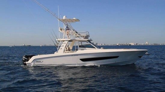2016 BOSTON WHALER 420 OUTRAGE for sale