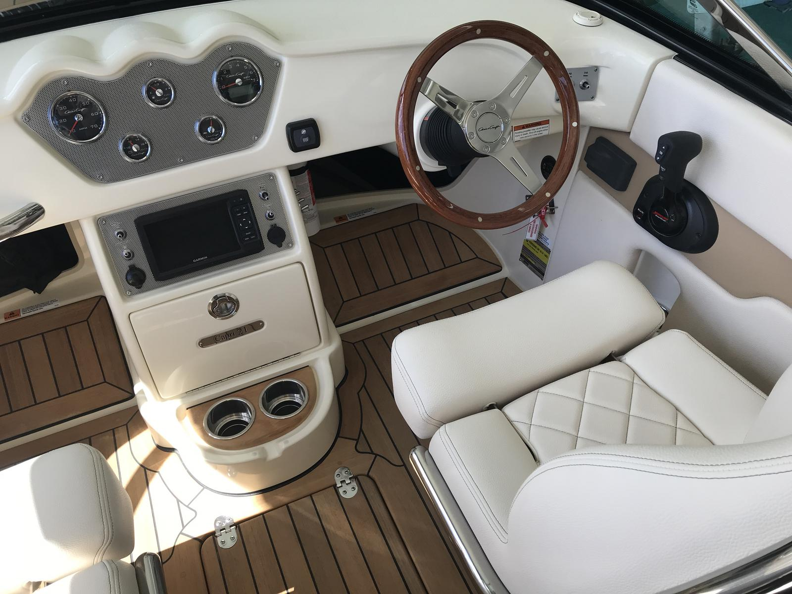 2019 Chris Craft boat for sale, model of the boat is 21 Capri & Image # 2 of 4