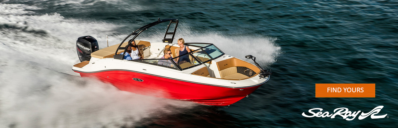 Photo of the Sea Ray SLX 230 on the water