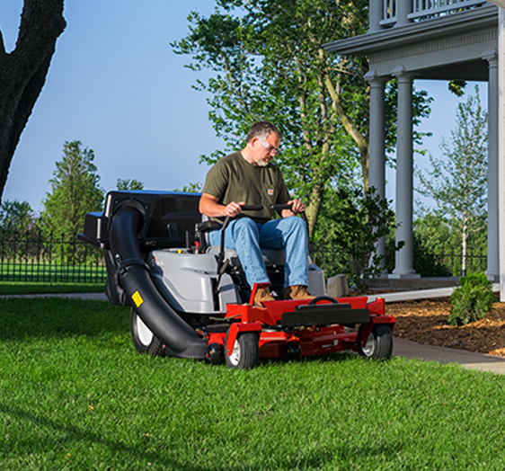Quest Series Zero Turn Mower