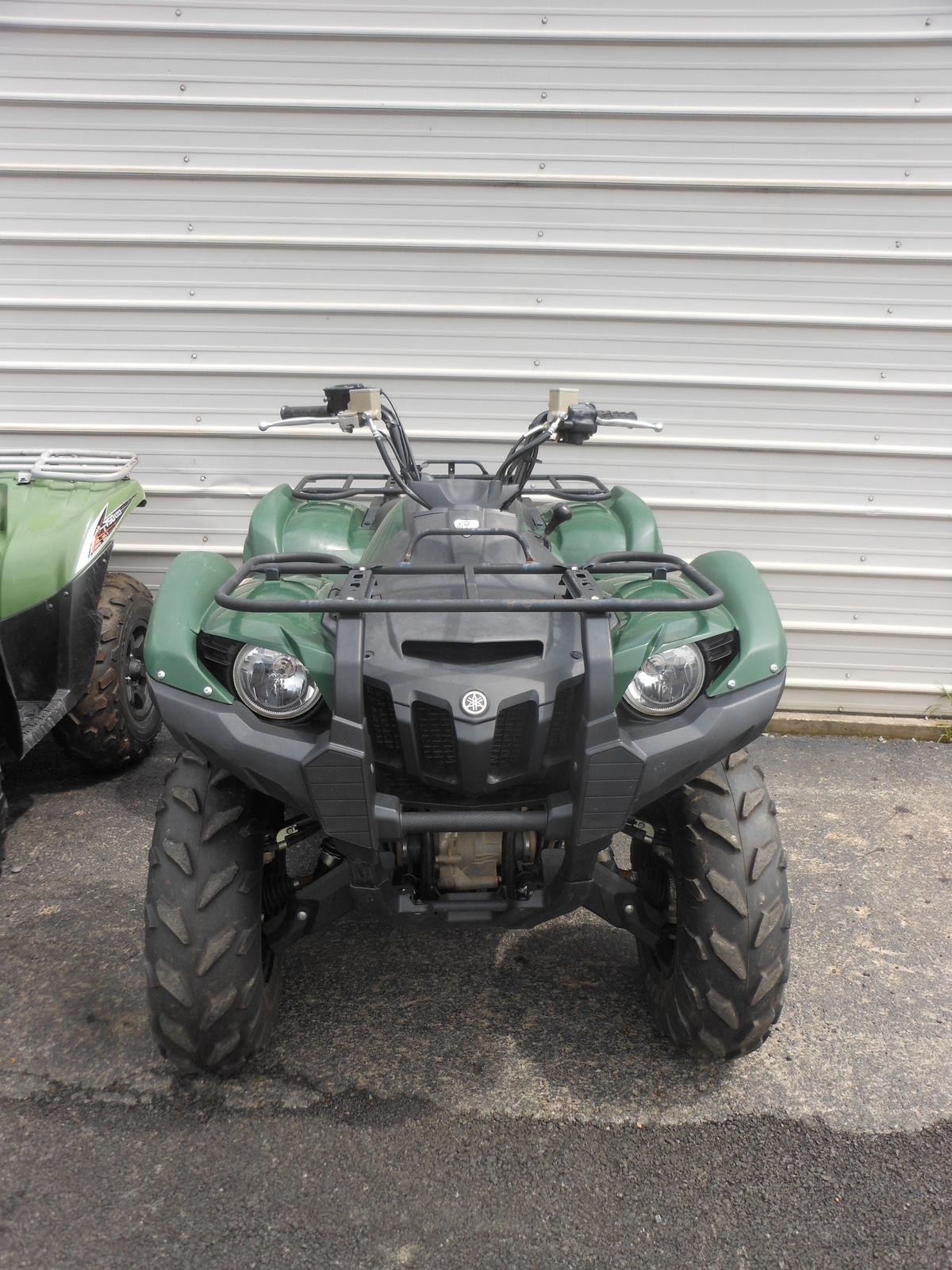 2013 Yamaha Grizzly 700 FI Auto  4x4 for sale in Bridgeport, WV