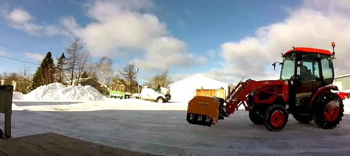the Best Snow Removal Equipment in MI