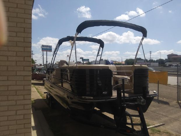 2019 SunCatcher boat for sale, model of the boat is Diamond Elite 326 SE & Image # 2 of 6