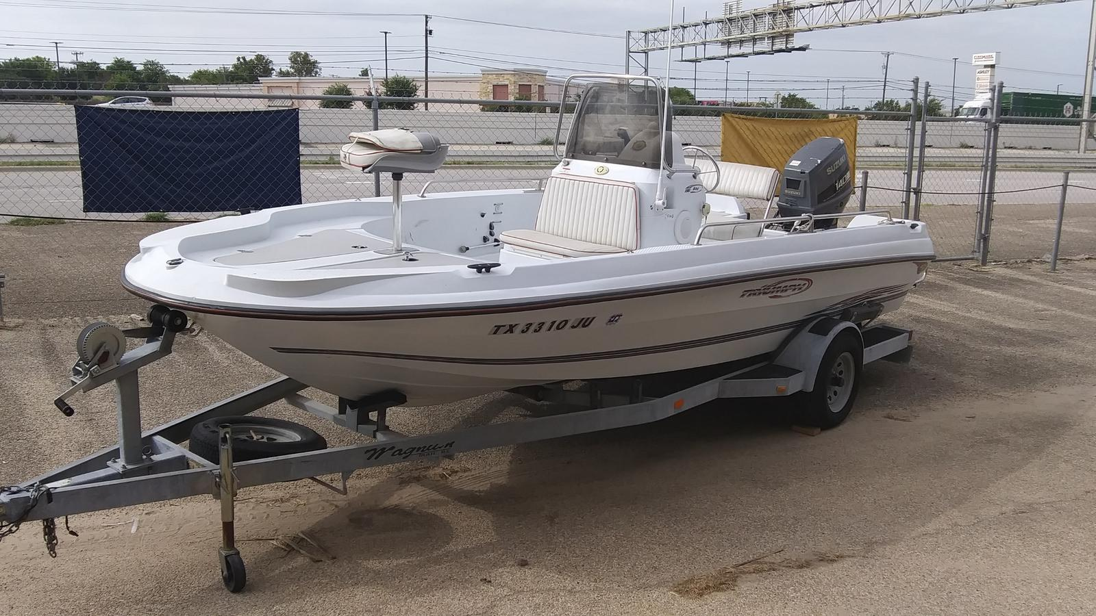 2003 Triumph boat for sale, model of the boat is 190 bay & Image # 1 of 4