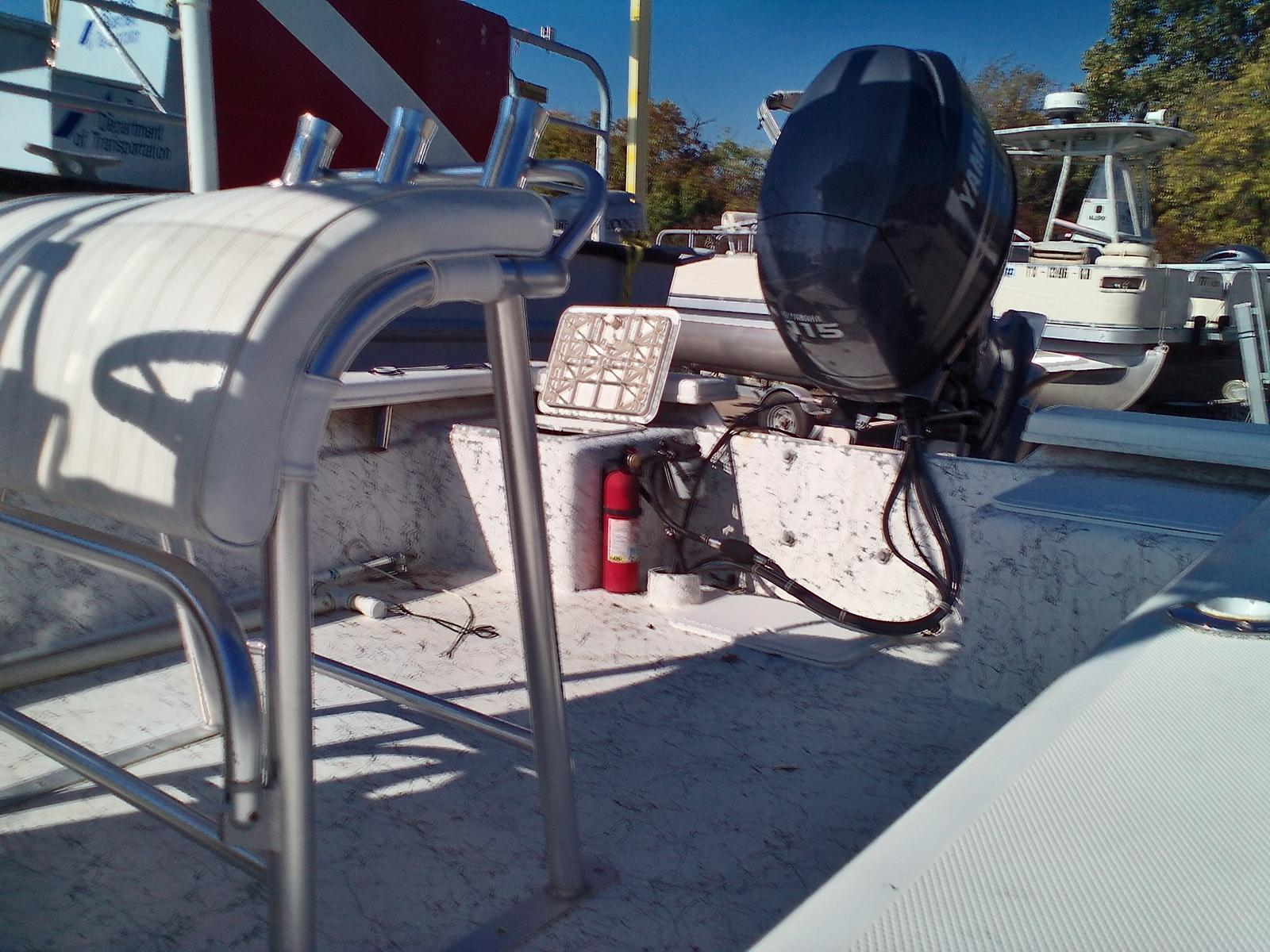 2008 Riddick boat for sale, model of the boat is Bay Runner 2290 & Image # 6 of 6