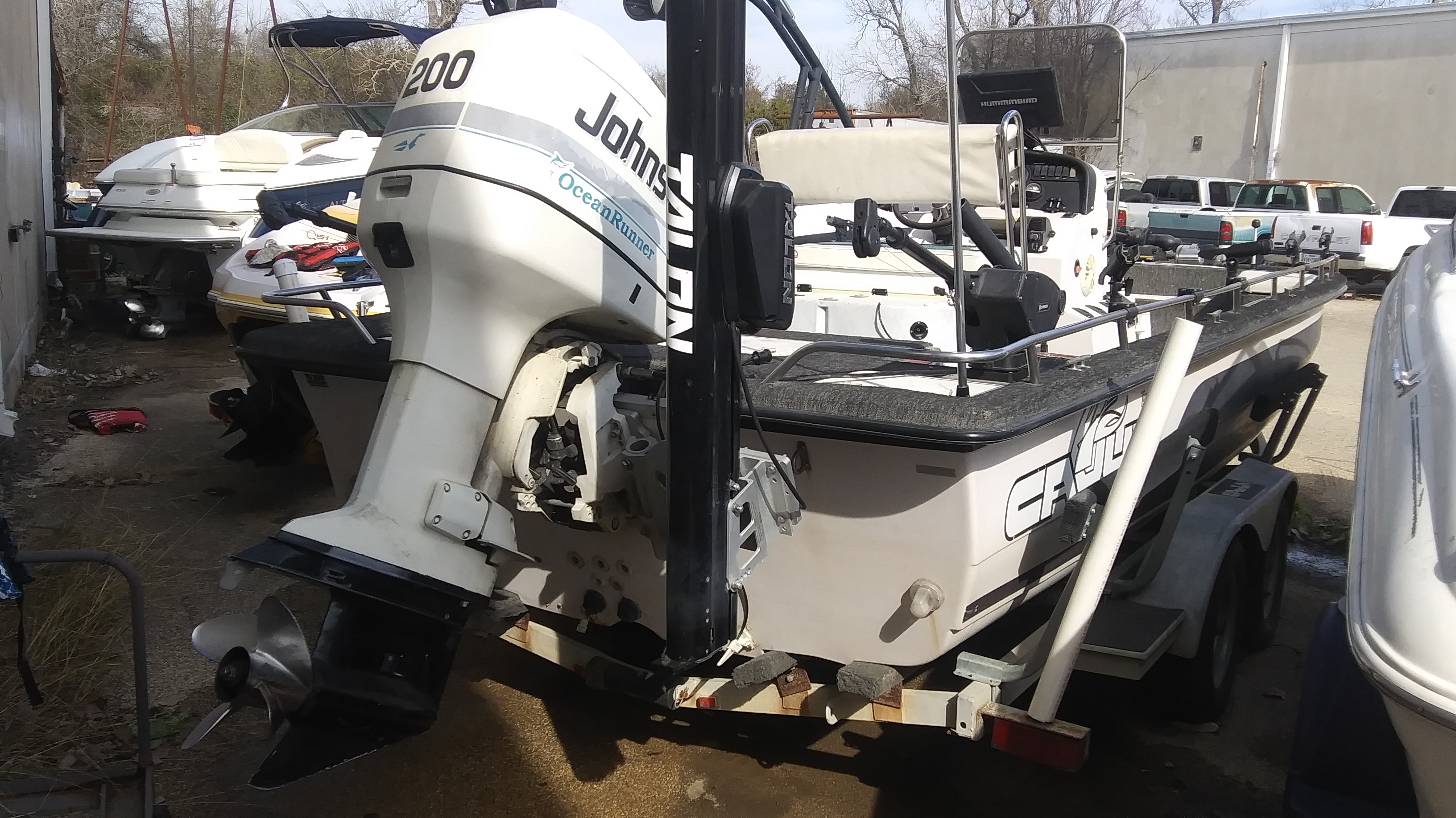 1997 Cajun boat for sale, model of the boat is Fishmaster 2300 & Image # 2 of 2