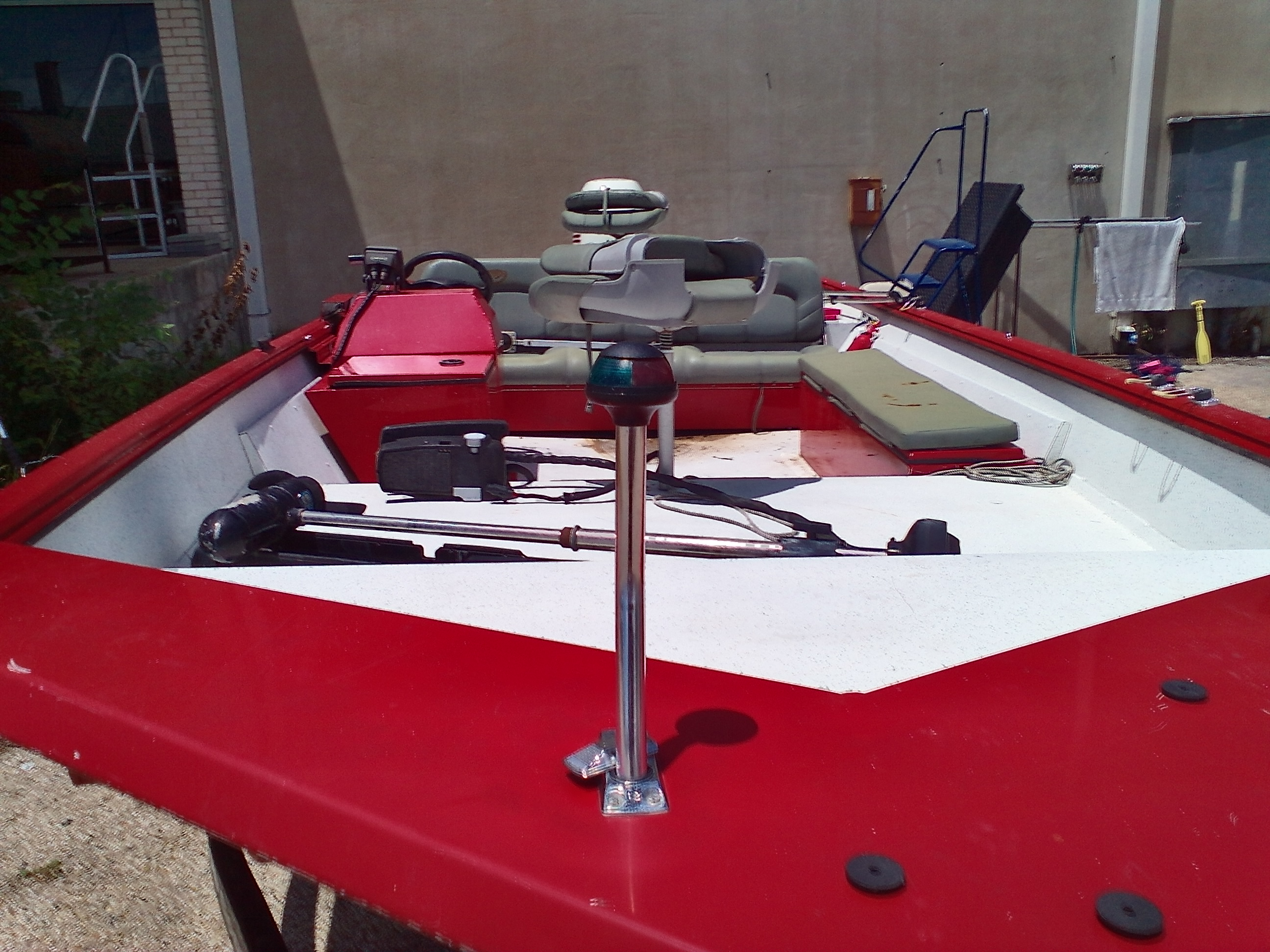 2004 Triton boat for sale, model of the boat is 2070SC & Image # 2 of 3