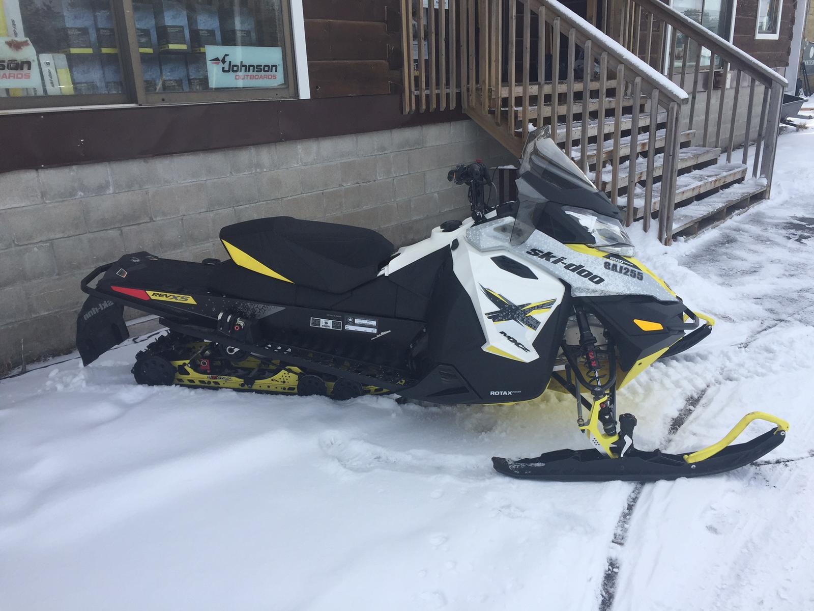 2016 Ski Doo MXZ X 1200