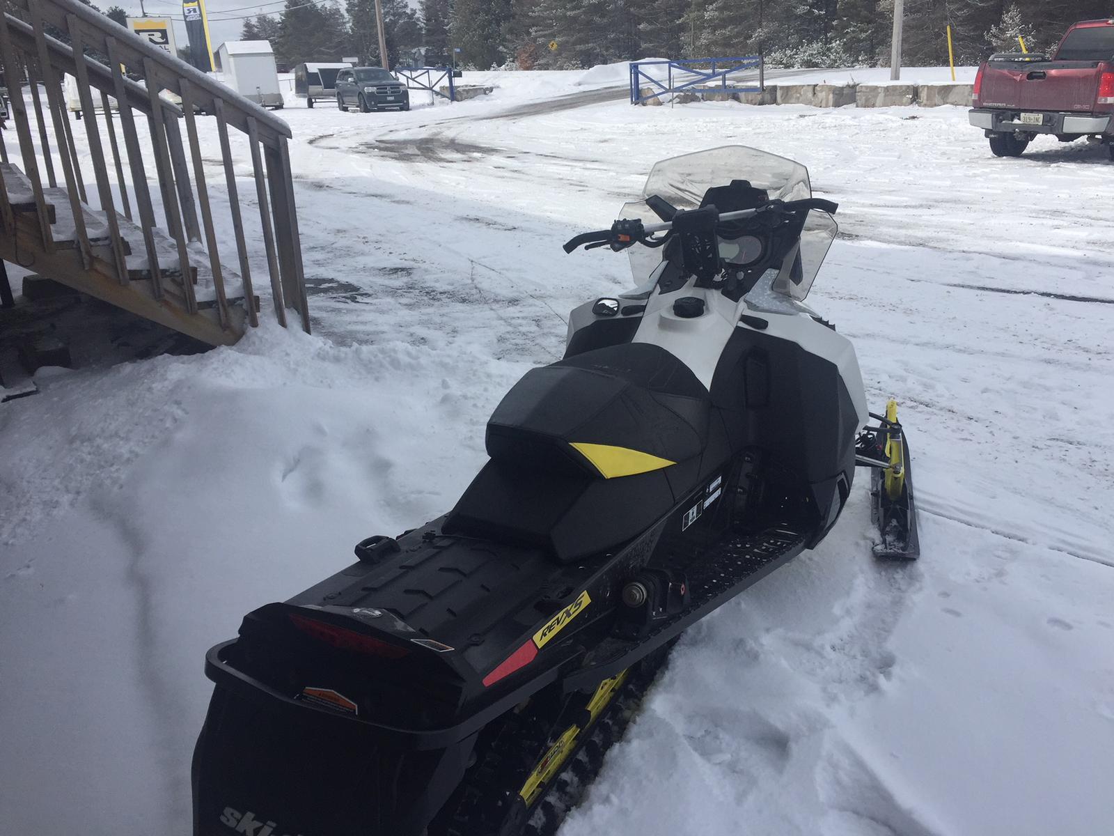 2016 Ski Doo MXZ X 1200 | 2 of 3
