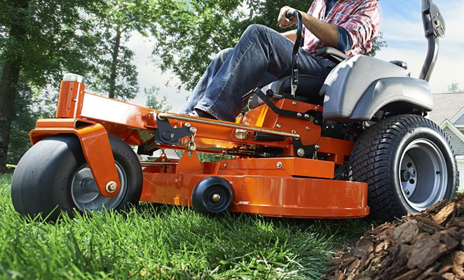 Commercial Zero-Turn Lawnmowers