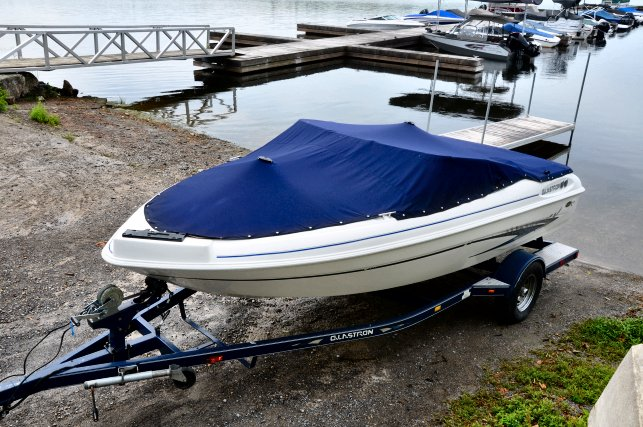 2002 Glastron SX 175 SKI & FISH for sale in Carleton Place