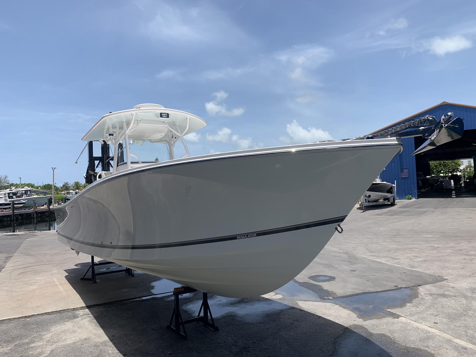 2012 Regulator 34SS for sale in Tavernier, FL. Plantation ...