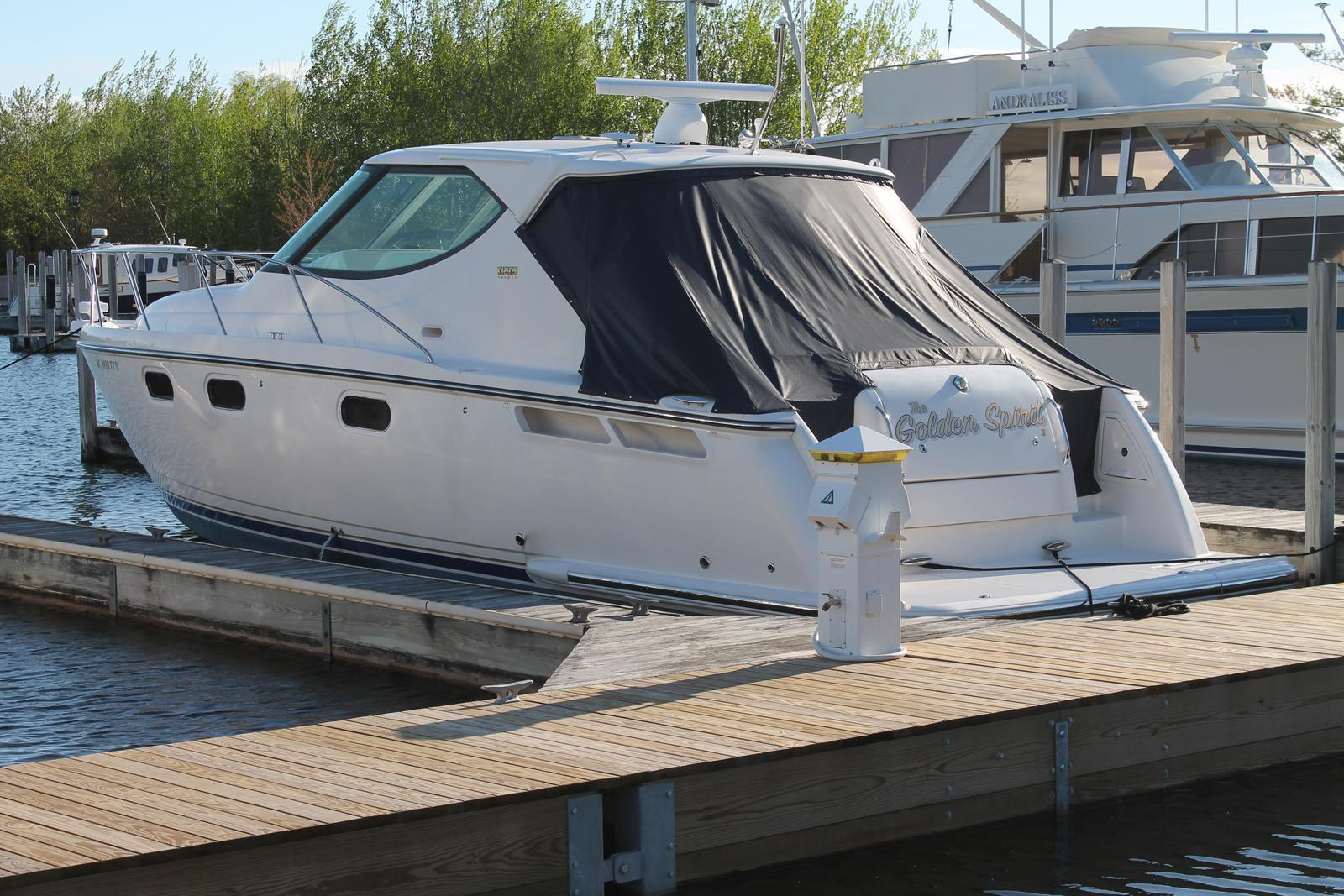 Cinque Ports Courtesy Boat Flag Roped /& Toggled.