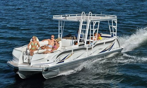 JC TriToon Pontoon Boats