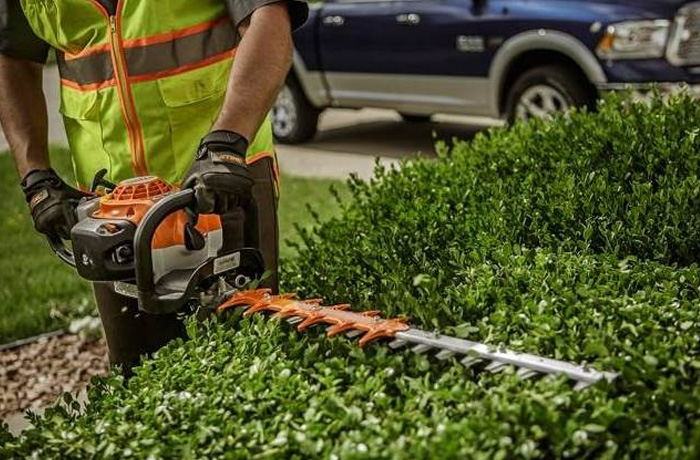 STIHL Commercial Hedge Trimmers