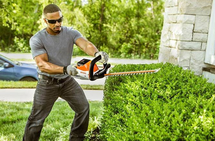 STIHL Battery Powered Hedge Clippers