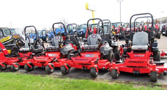Ridgeview New Holland ZT Mowers550