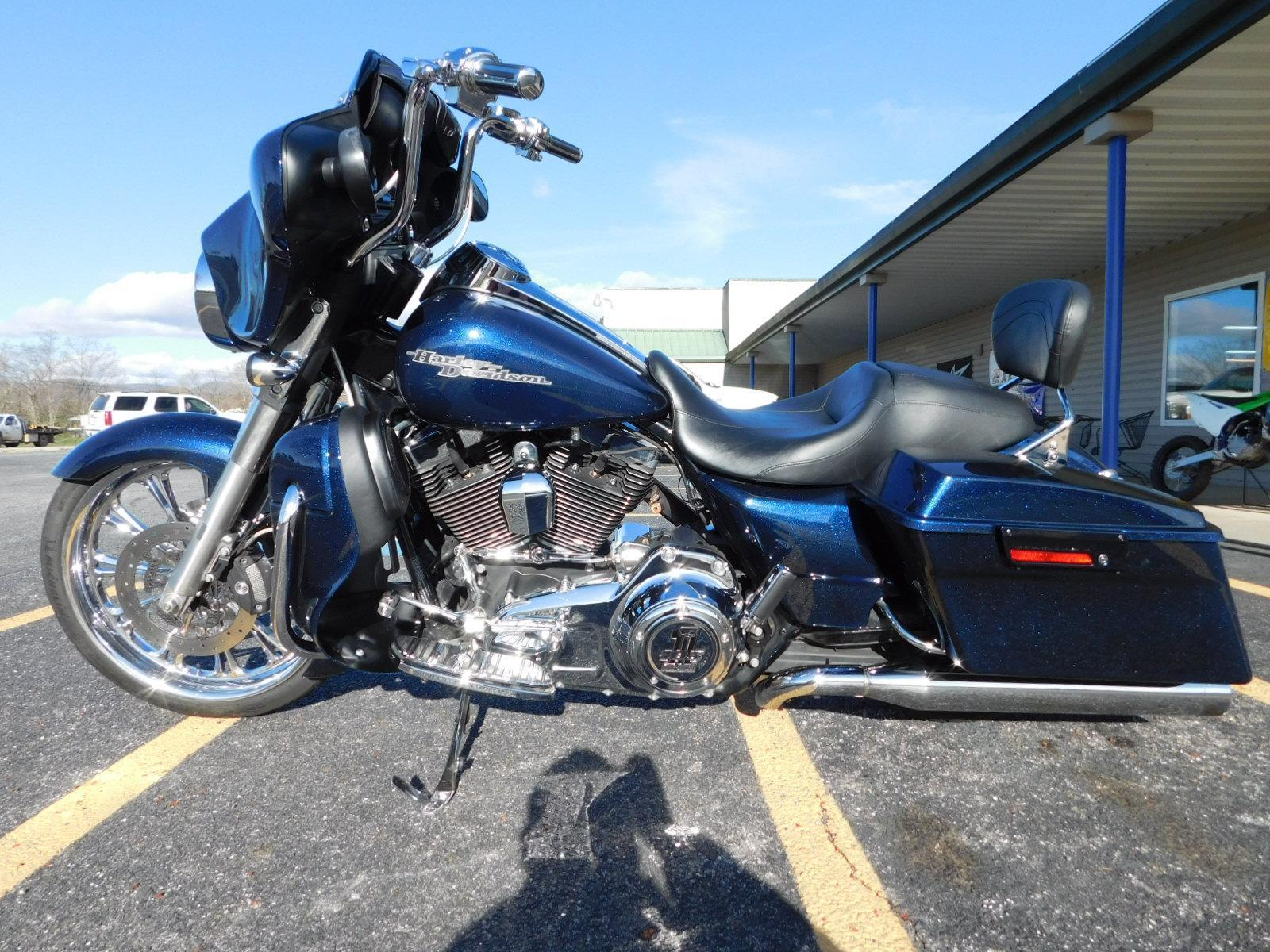 2012 Harley Davidson FLHX Street Glide Custom Color for sale in