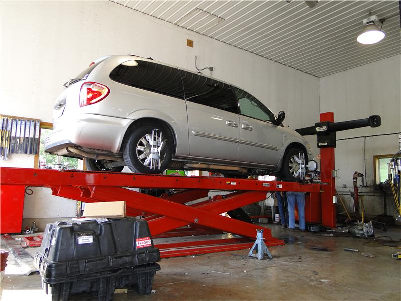 Rittenhouse Auto Service performs wheel alignments in Harrisonburg, VA