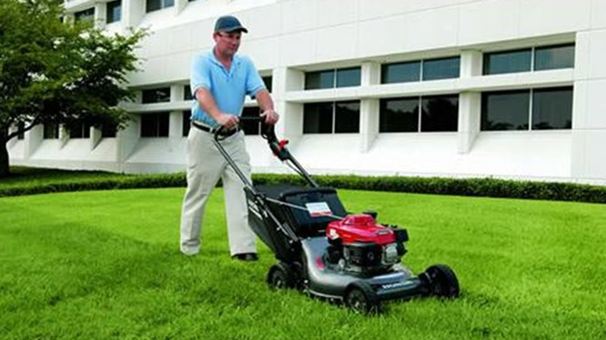 Honda Commercial Lawn Mowers Hrc Joe Blair Mower Fuel Filter Power Through Your Work Enjoy The Superior Reliability Of A