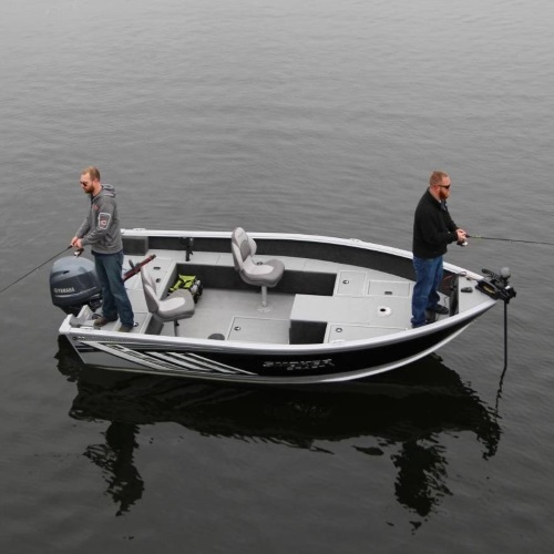 two men fishing on a 2019 Smoker Craft Adventurer 160 T