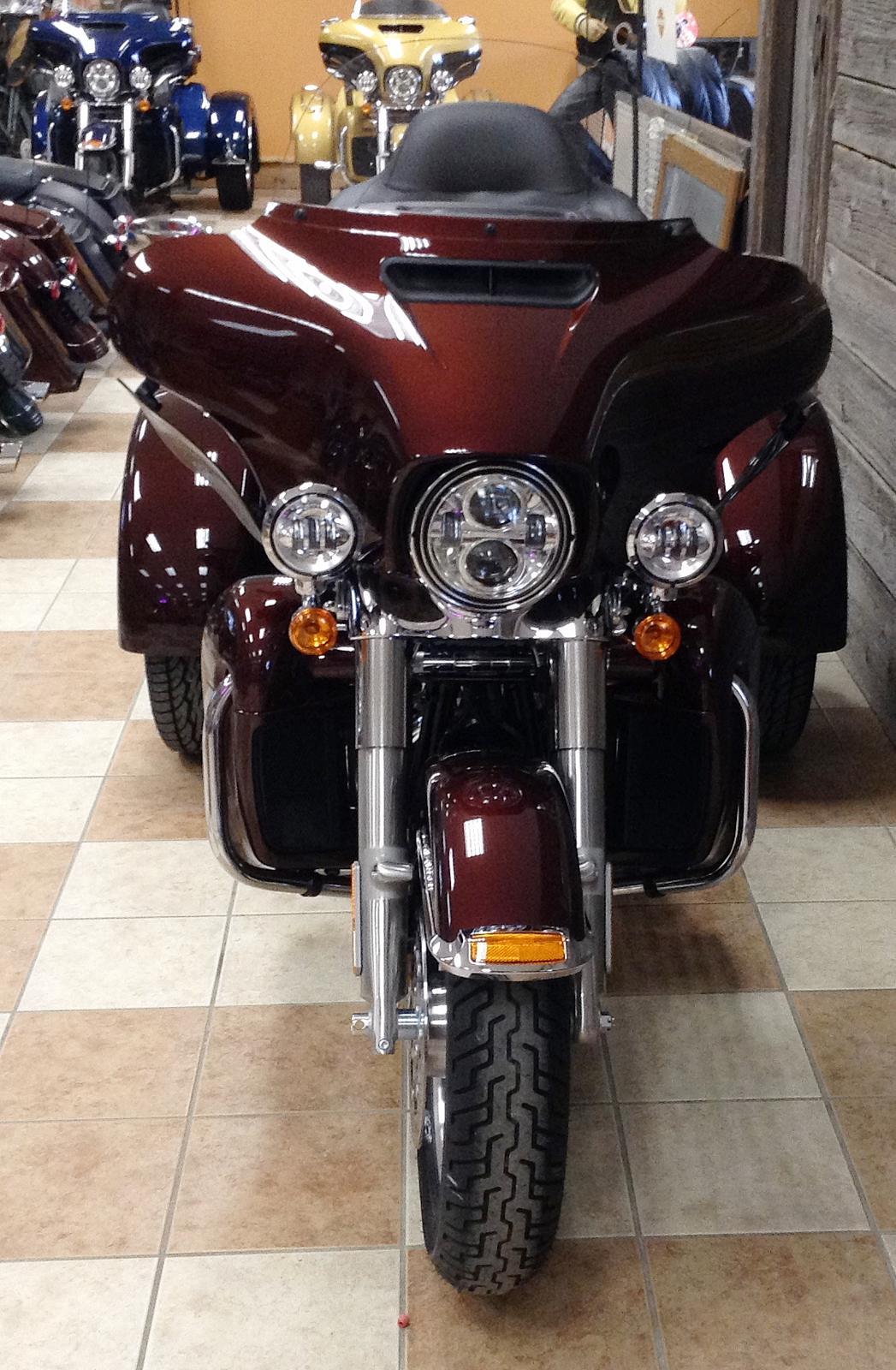 2019 Harley-Davidson® Tri Glide® Ultra - Color Option for