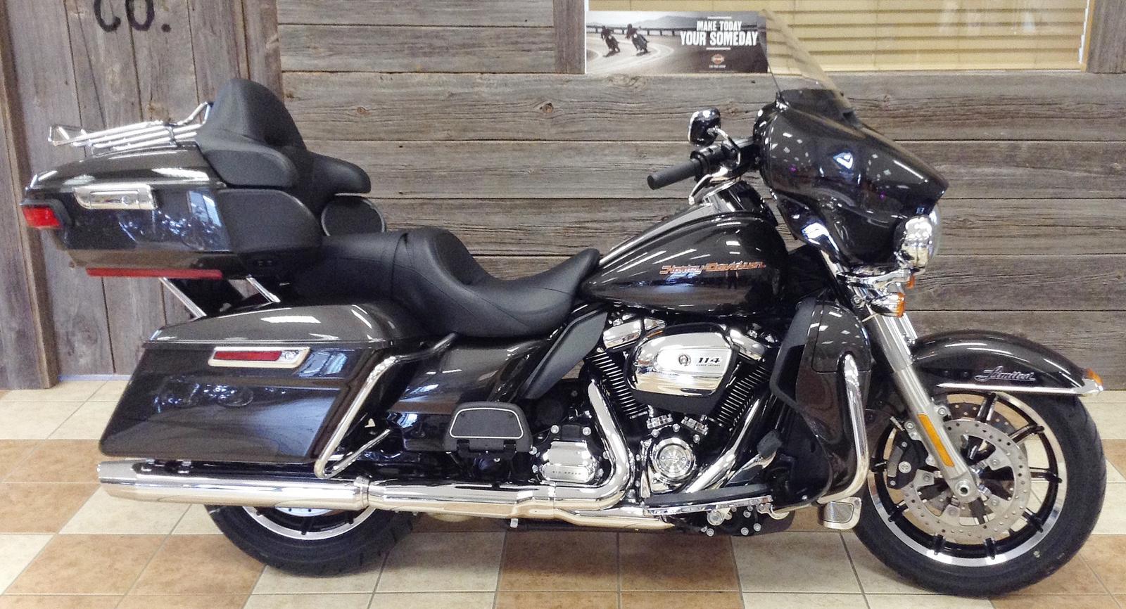 2019 Harley-Davidson® FLHTK Electra Glide® Ultra Limited - Two-Tone on mercedes benz fuses, victory motorcycle fuses, lexus fuses, ford fuses, bmw fuses, harley sportster fuses, john deere fuses,