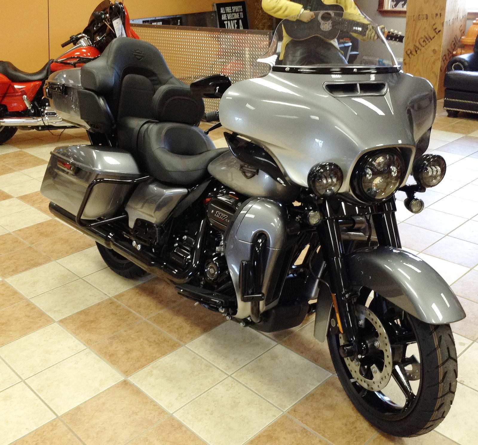 2019 Harley-Davidson® CVO™ Limited for sale in Bonduel, WI | Doc's on