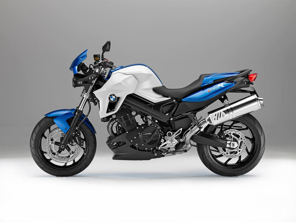 2013 BMW F800R in Racing Blue with Dynamic Package.jpg