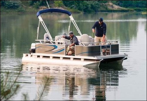 Shop Quest Pontoons
