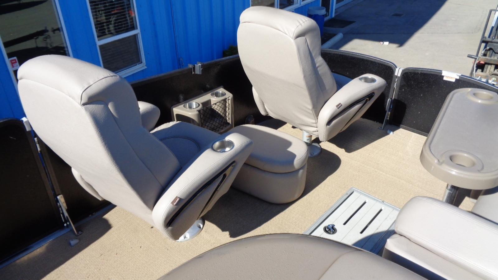 2011 Premier Pontoons boat for sale, model of the boat is 250 Intrique & Image # 5 of 13